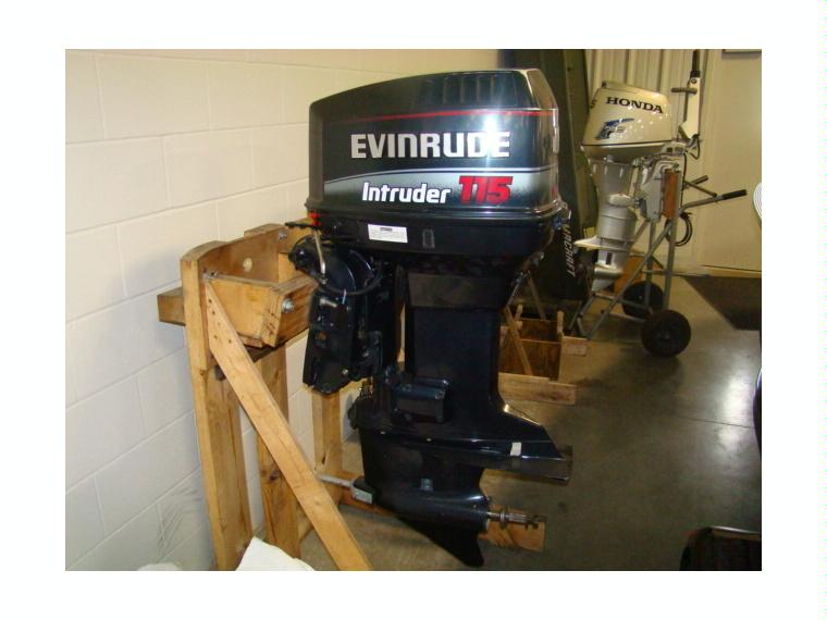 115 Hp Evinrude Motor 115hp Fuera Borda De Barco Agua Se