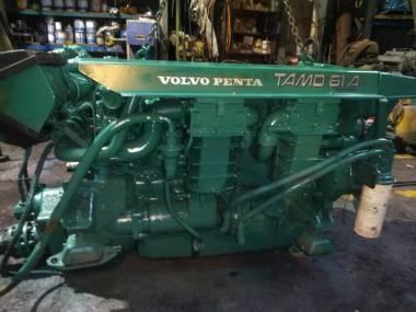 2x volvo penta TAMD 61A  de 320 cv Engines
