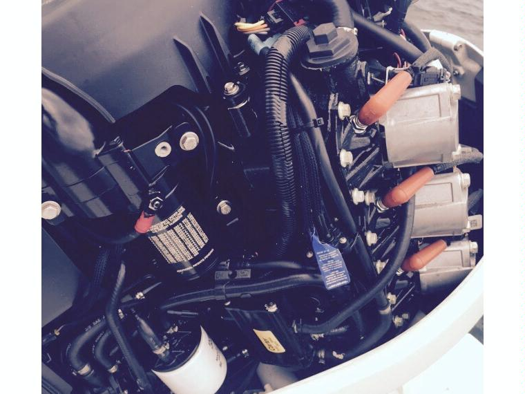 motor fueraborda evinrure 300 e-tec 300 cv second-hand 55695