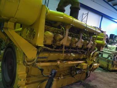 marine engine caterpillar 3516 of 2225 c.v Engines
