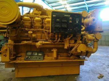 motor marino caterpillar 3508 de 1050 hp a 1800 r.p,m Engines
