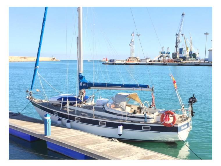 Rent Hallberg-Rassy 352 | Sailing cruiser 52665 - iNautia