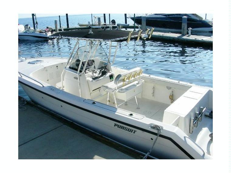 Boat pursuit 2670 cc inautia for 2670 5