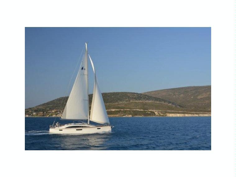 Bavaria Vision 46 Sailing cruiser