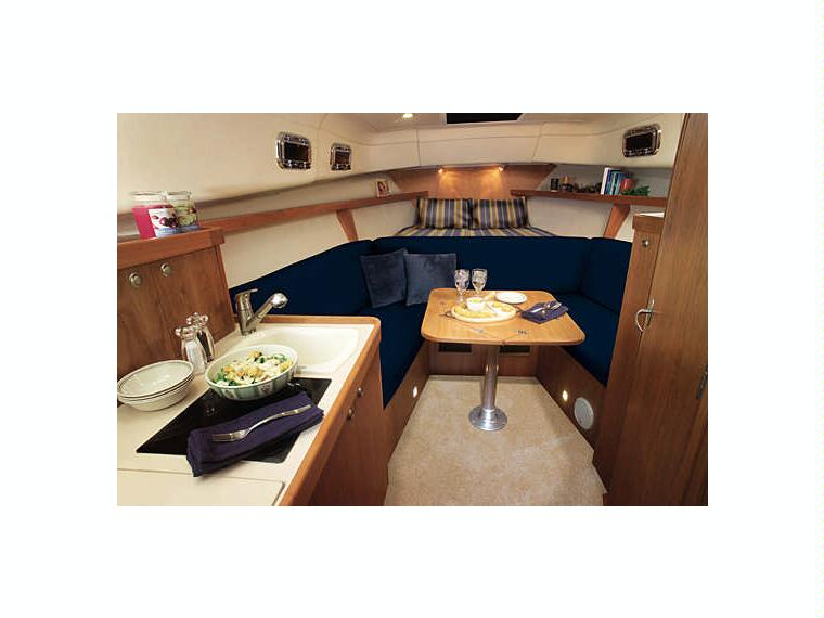 Boat Mainship Pilot 30 | iNautia com - iNautia
