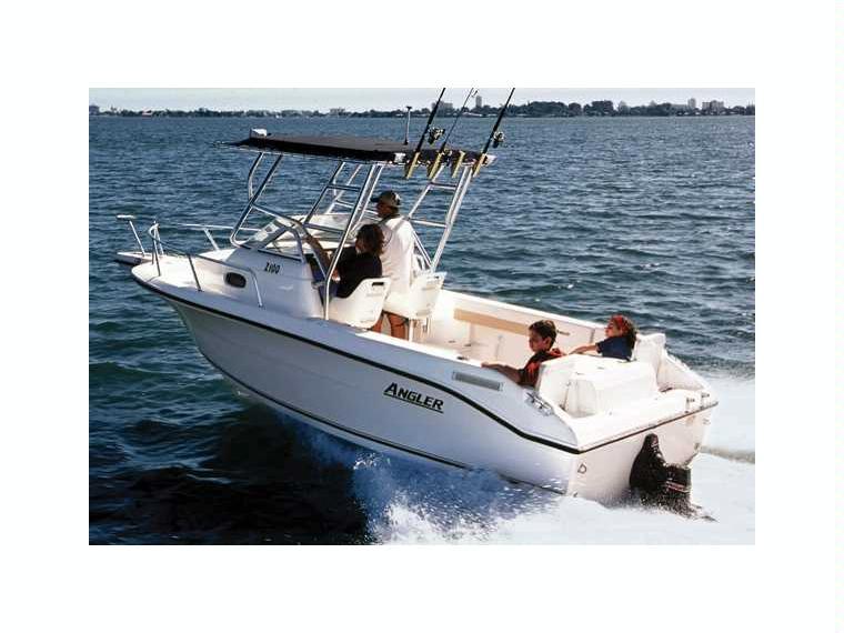 Boat angler 2100wa inautia for Angler fishing boat