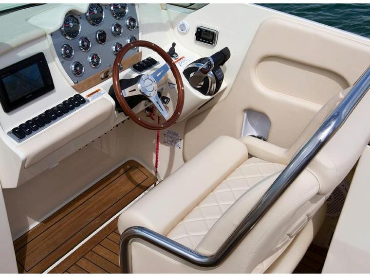 Boat chris craft corsair 32 inautia for Chris craft corsair 32 for sale