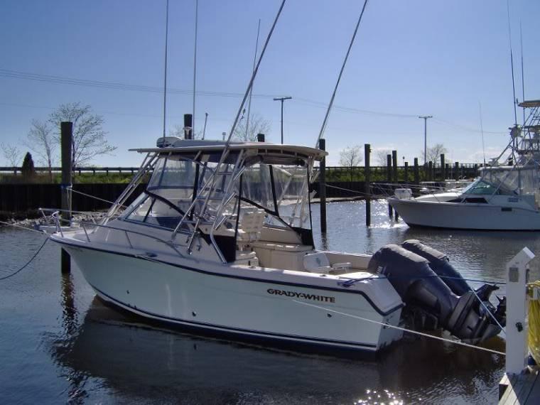 Boat grady white 265 express inautia for Express fishing boats