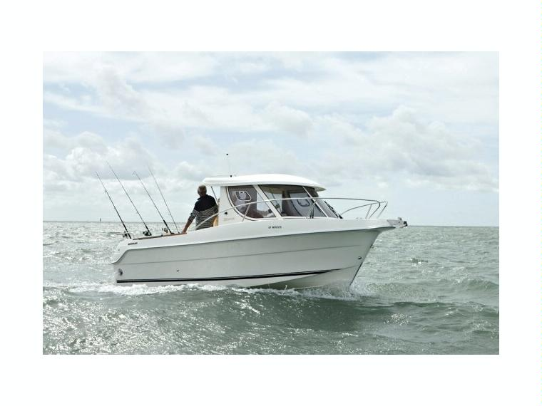 Quicksilver Captur 230 Arvor Day fishing boat