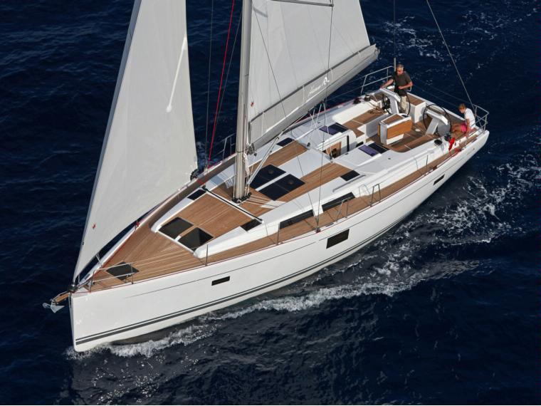 Hanse 455 Sailing cruiser