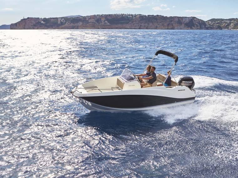 Quicksilver Activ 555 Open Open boat