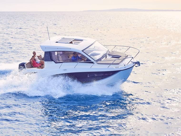 Quicksilver Activ 755 Weekend Cruiser