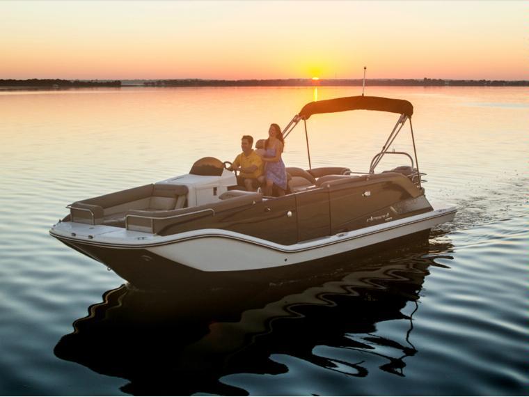 Bayliner Element XR7 Open boat