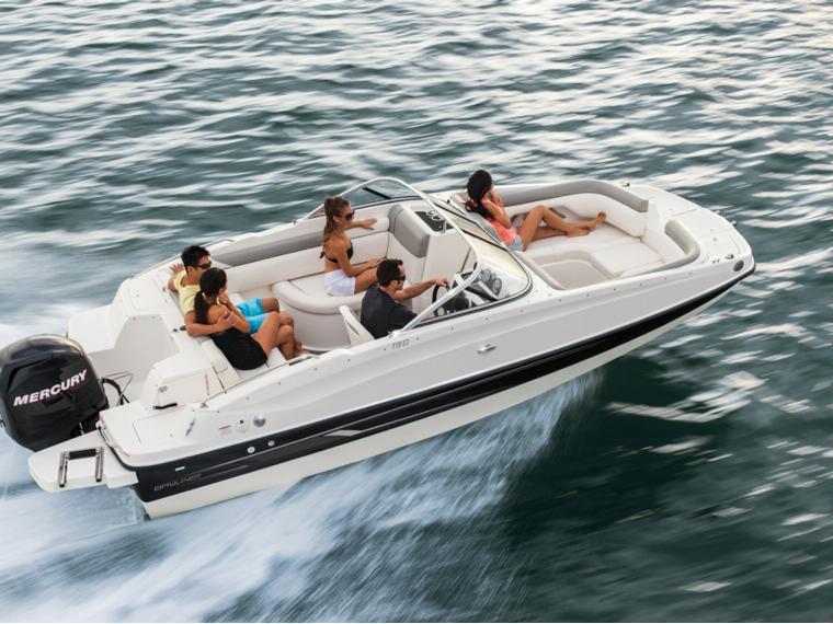 Bayliner 190 Deck Boat Open boat