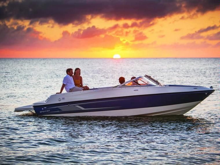 Bayliner 195 Bowrider Open boat