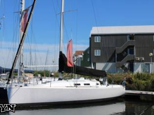 J/Boats J/109