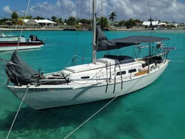 Cape Dory 25 in Papeete   Sloops used 54704 - iNautia