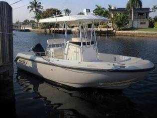 Boston Whaler Outrage 21 in Tuscany | Open boats used 50575 - iNautia