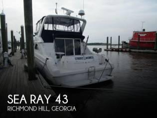 Sea Ray 440 Express Bridge