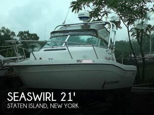 Seaswirl 2100 Striper W/A