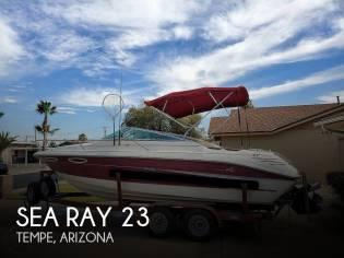 Sea Ray 230 Overnighter Signature Select in Florida