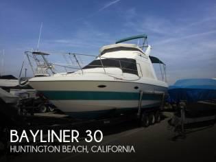 Bayliner 30