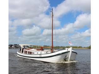 Motor Yacht Paviljoentjalk 14.99