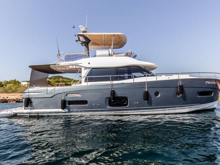 Azimut Magellano 53 In Rcn De Valencia Motor Yachts Used 55515