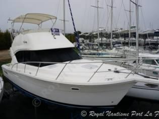 Riviera 335