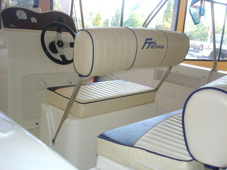 Navalplastica beluga 490 in c de vela blanes power boats - Plastics blanes ...
