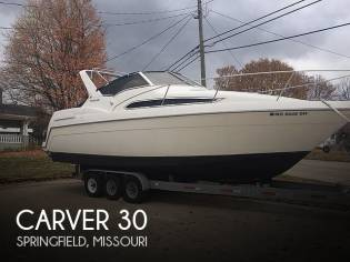 Carver 310 mid cabin express