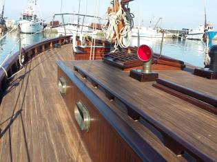 Cutter channel pilot - gaff rigged    , legno-wood