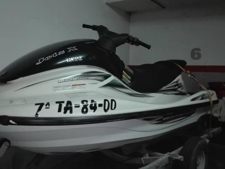 yamaha waverunner 1200 in Barcelona   Jet skis used 69525