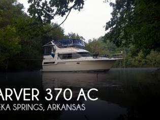 Carver 370 Aft Cabin