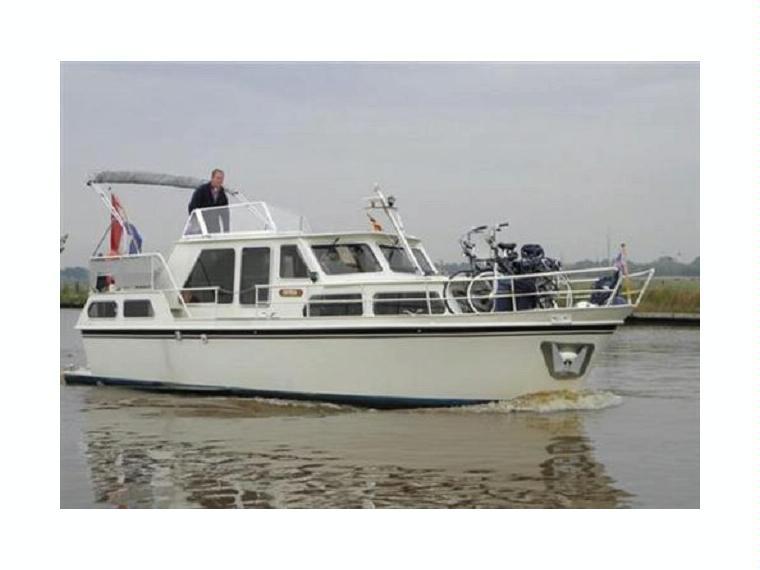 Marine Boots Klampen gebraucht.