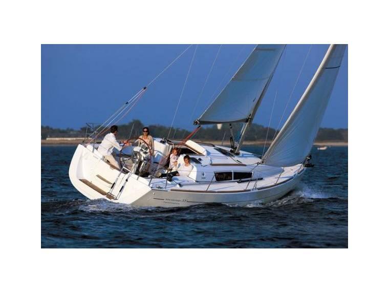 Jeanneau Sun Odyssey 33i Performance In Port De Bormes Cruisers