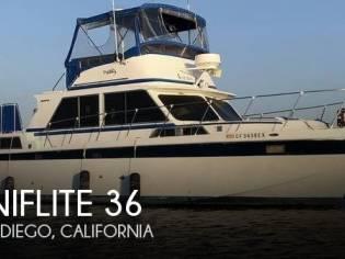 Uniflite 36 Double Cabin