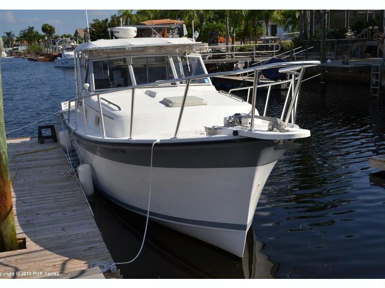 Luhrs Alura 30 In Florida Power Boats Used 64855 Inautia