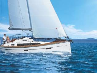 Bavaria Cruiser 37 Blue Edition