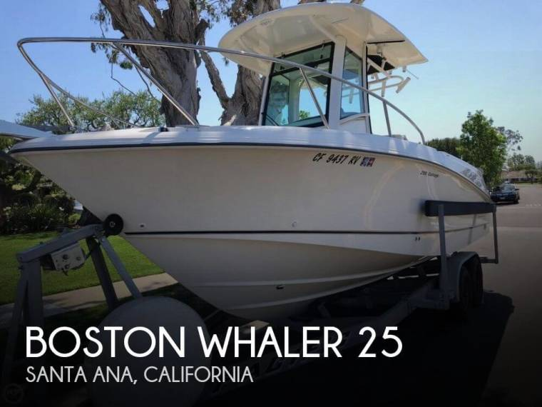 Boston Whaler 250 Outrage in Florida | Open boats used 00100 - iNautia