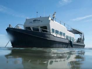 Barge Dive boat