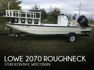 Lowe 2070 Roughneck