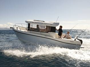 Quicksilver 675 Pilothouse Explorer
