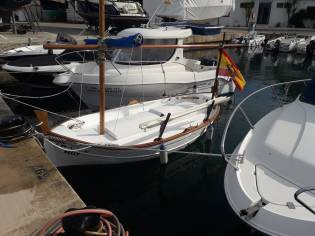 Barco traditional de madero