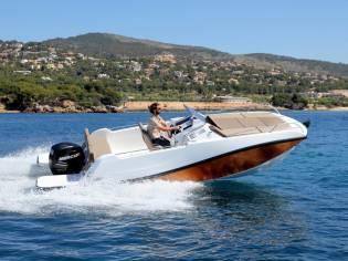 V2 Boats 7.0 Sundeck