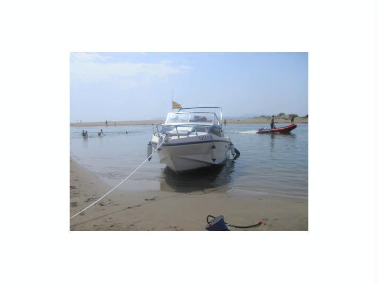 rio 600 cabin in marina d emp riabrava power boats used 67515 inautia. Black Bedroom Furniture Sets. Home Design Ideas