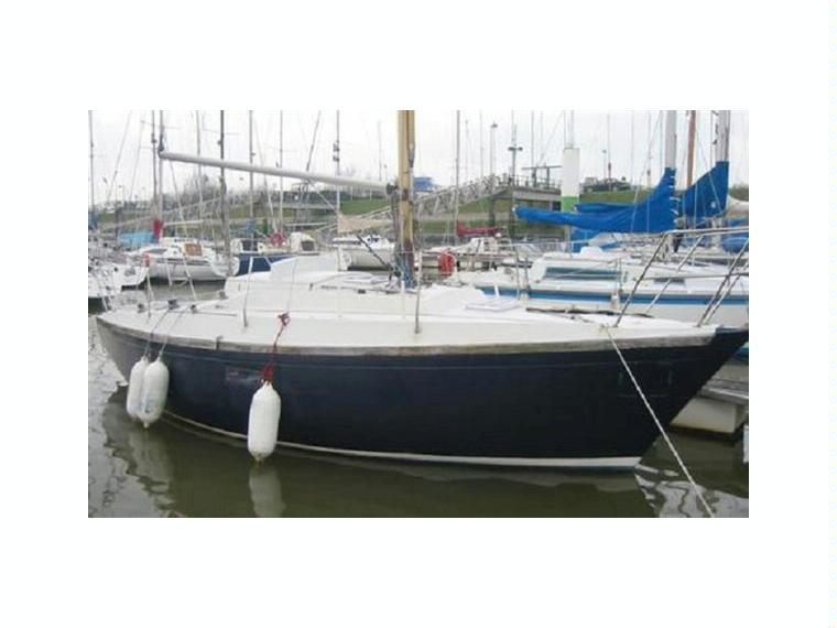 Dufour 27 Id15528 In West Vlaanderen Sailing Cruisers