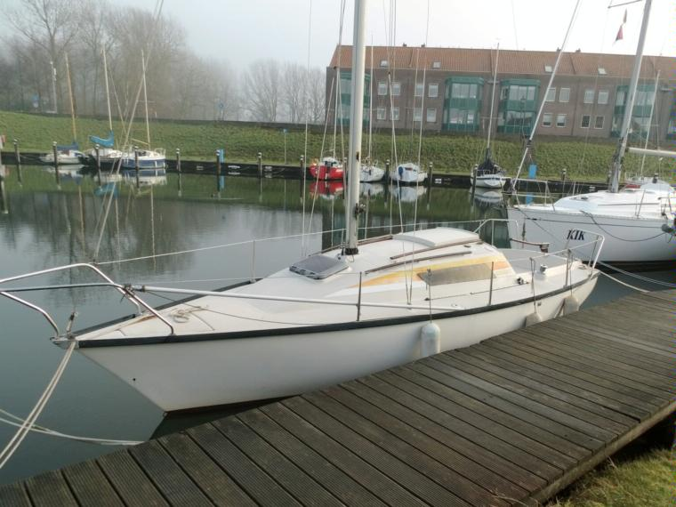Beneteau First 22 in Netherlands   Sailing cruisers used 21015 - iNautia