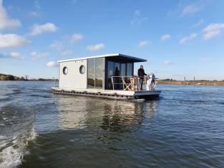 La Mare Houseboats Apartboat M