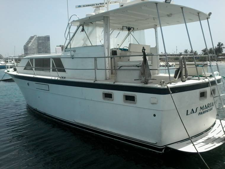 Hatteras 48 double cabin in nueva esparta cruisers used for Hatteras cabins rentals